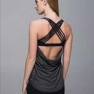 LuLuLemon Knot your typical tank size 4